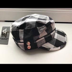New Hot Topic Black Plaid Newsboy Cap One Size